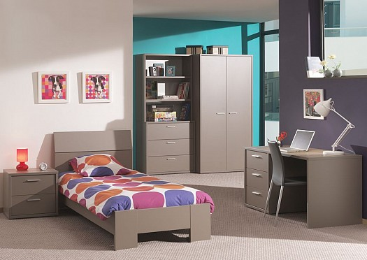 Holiday sleeping youth rooms4